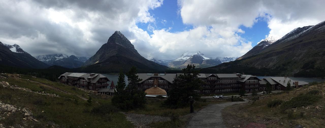 8-Many Glacier Hotel