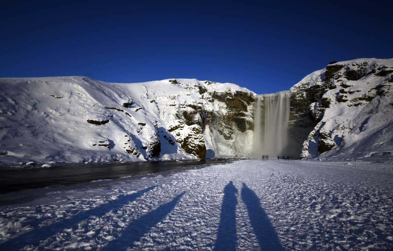 Skogafoss shadow
