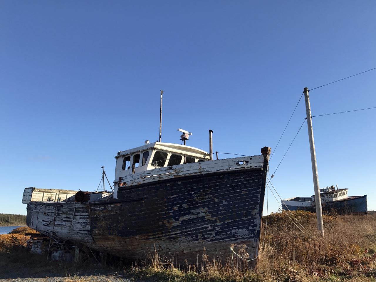 decrepit-boat
